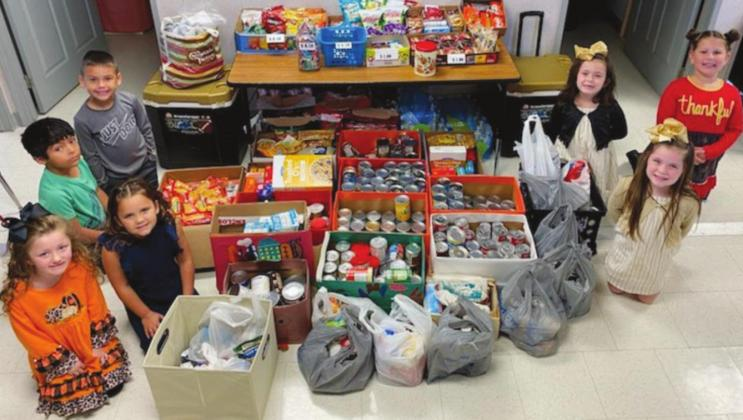 Oak Forest Elementary students participate in United Christian Care Center food drive